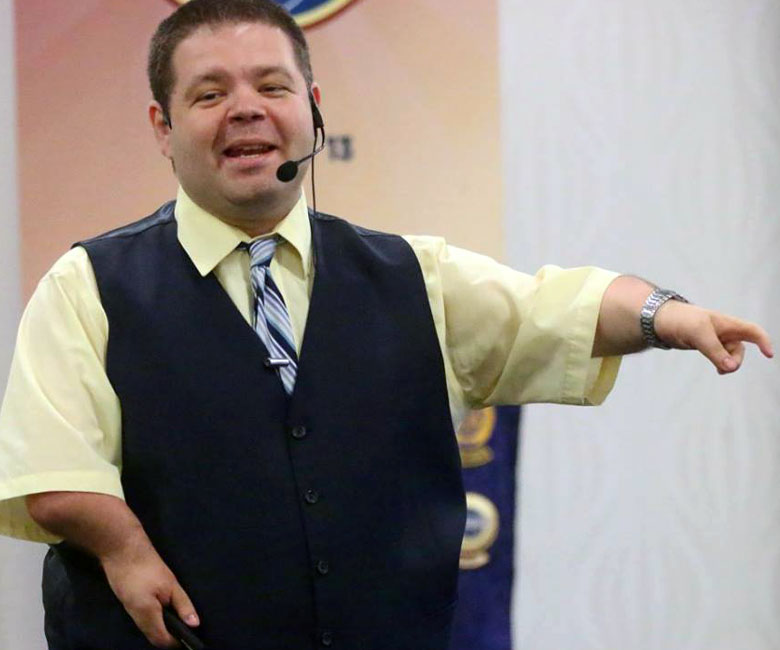 Motivational Speaker, Paul Artale, Speaks on Disabilities